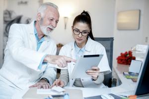 Глава Google Health Дэвид Файнберг начнет работу по созданию поисковой системы для врачей